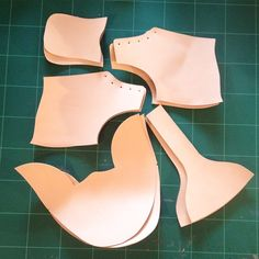 Basic pieces for dyeing! #mvdbleather #handmade #vegetabletanned #shoemaking #construstion #stitchdown #leather