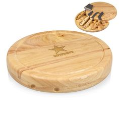 Picnic Time New York Jets L x W Wood Cutting Board at Lowe's. Reach out to the complex cheese lover in your life with the Circo Cheese Board by Picnic Time. On the surface, the Circo lulls you into thinking it's just Cheese Cutting Board, Cheese Board Set, Wood Cutting Boards, Chopping Boards, Nfl Football, Gifts For Football Fans, Cnc, Picnic Time, New York Jets