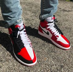 9e272ce9819b45 Sneakers have already been an element of the fashion world for more than  you may realise. Today s fashion sneakers have little resemblance to their  early ...