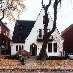 Cottage // Mississippi Hippy