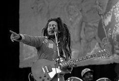 """Dizem que as últimas palavras de Bob Marley foram """"o dinheiro não pode comprar a vida"""""""