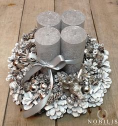 "Adventskranz+""Geweih""+von+Nobilis+Floral+auf+DaWanda.com Christmas Tablescapes, Christmas Candles, White Christmas, Christmas Holidays, Pine Cone Crafts, Diy And Crafts, Christmas Crafts, Pine Cone Decorations, Christmas Decorations"