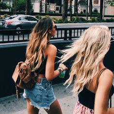pin me at jghukk Bff Pictures, Best Friend Pictures, Summer Pictures, Friend Photos, Go Best Friend, Best Friend Goals, Best Friends Forever, Pool Girl, Videos Instagram