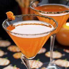 Schaurige Shakes, gespenstische Getränke und blutige Bowlen. Unsere gruselig-leckeren Halloween-Cocktails löschen garantiert jeden blutrünstigen Durst...