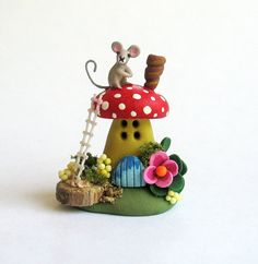 Miniature Whimsical Fairy Toadstool Mouse House by ArtisticSpirit