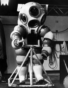 The Strange and Wonderful History of Diving Suits, From 1715 to Today:  An atmospheric diving suit which enables a diver to work for unlimited periods at a depth of 1,000 ft (300 m) without the need for a long decompression process, 1974 - (Photo by Central Press/Getty Images)