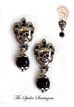 Gothic victorian stud earrings Victorian by SpiderStratagem, €8.00