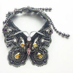 Это тоже в лайтбоксе :/ все.. Больше не буду спамить  #handmade #beaded #jewelry…