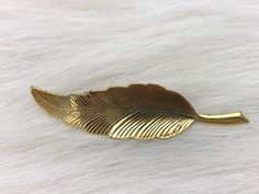 Vintage Gold Tone Single Leaf Brooch Pin Collectible Gift | Jewelry & Watches, Vintage & Antique Jewelry, Costume | eBay!