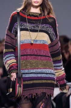 Etro at Milan Fashion Week Fall 2016 - Details Runway Photos Knitwear Fashion, Knit Fashion, Embroidery Fashion, Rose Embroidery, How To Purl Knit, Milan Fashion Weeks, Cool Fabric, Knitting Designs, Handmade Clothes