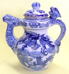 Porcelain Chinese Blue Teapots with Dragon Phoenix Pictures