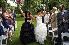 Lindas fotos de casamentos repletas de vida, riso e amor: Reconhecido em muitos países como o mês do orgulho LGBT, junho é marcado por paradas, festivais de rua e esforços educacionais que buscam promover e celebrar a diversidade sexual e de gênero. Foto: Tracey Buyce Photography/Huffington Post