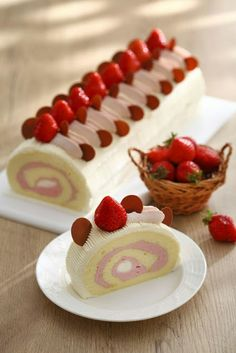 Hey I hope you need healthy desserts? Please check the info in the full post here. Cake Roll Recipes, Dessert Recipes, Cupcakes, Cupcake Cakes, Strawberry Roll Cake, Jelly Roll Cake, Food Cakes, Let Them Eat Cake, Just Desserts