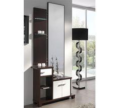 Recibidor en un elegante y moderno diseño, acabado en wengué y hueso.