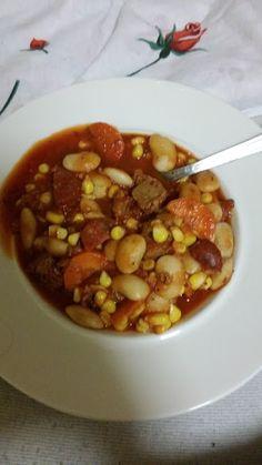 Chilli sin carne podle Libora, nicméně s čertsvou kukuřicí a mrkví