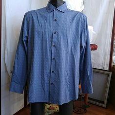Shirt Shirt, Tommy Bahama shirt, 7 buttons down front, double button wrist adjustable, 83% silk, 17% Cotton Tommy Bahama Tops Button Down Shirts