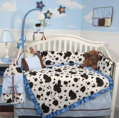 Let the baby snuggle in with this adorable cow crib bedding set! All you need to do is add your own barnyard nursery rhymes...