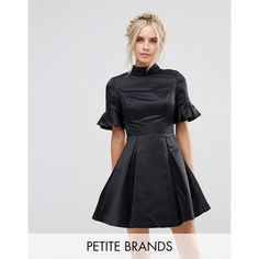 Discover petite dresses with ASOS. Shop for petite maxi dresses, petite summer dresses and a range of other petite dress styles. Order today from ASOS. Petite Summer Dresses, Mini Dresses For Women, Short Sleeve Dresses, Short Sleeves, Chi Chi, Latest Fashion Clothes, Fashion Dresses, Fashion Online, Date Night Fashion