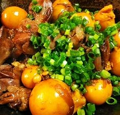 楽天が運営する楽天レシピ。ユーザーさんが投稿した「鶏モツ玉ねぎ生姜煮」のレシピページです。玉ねぎで甘さを出して、砂糖を使いません。。鶏モツ玉ねぎ生姜煮。鶏レバー&鶏きんかん,おろし生姜,玉ねぎ,*酒,*醤油,*みりん,小ネギ