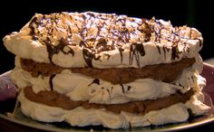 Gordon Ramsay teaches you to make a fancy hazelnut meringue tower Hazelnut Meringue, Chocolate Meringue, Meringue Cake, Chocolate Hazelnut, Gordon Ramsay Home Cooking, Chef Gordon Ramsay, Fancy Desserts, No Cook Desserts, Dessert Recipes