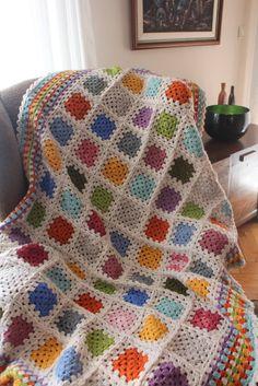 Items similar to Afghan Blanket, Grannysquare blanket, for the home, Throw on Etsy Crochet Vintage, Crochet Diy, Crochet Afgans, Crochet Motifs, Crochet Amigurumi, Crochet Quilt, Granny Square Crochet Pattern, Crochet Squares, Crochet Home