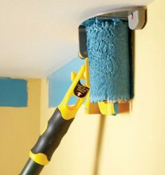 I love this paint roller idea!  Wish I knew where to get one like it.