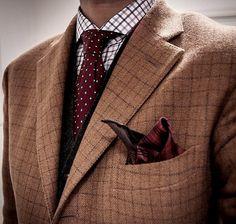 Fine patterns. http://www.moderngentlemanmagazine.com/mens-suit-patterns/