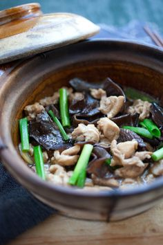 Chinese Chicken Stew with Black Fungus, cooked in a claypot. Easy, fast, and delicious.