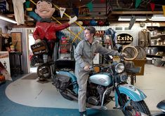 Harley Davidson History, American Pickers, Benz Sprinter, Dream Book, Jack Kerouac, Us Cars, Vintage Bikes, Ny Times, Archaeology