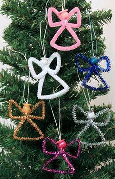 más y más manualidades: Ideas para crear adornos navideños con limpiapipas