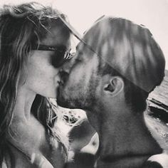 This pic is so adorable!! Carlexa forever! <3