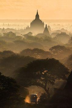 Bagan, Myanmar ↝ monthon wachirasettakul