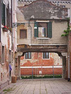 Balade dans  Cannaregio, Calle Berlendis