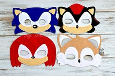 Sonic and friends  by MyWonderlandBoutique on Etsy                                                                                                                                                      Mais
