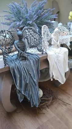 "Glass ""witch"" ball – hung in an east facing window to protect the home and ward… - Home & DIY Cement Art, Concrete Crafts, Concrete Art, Paper Mache Crafts, Clay Crafts, Paper Mache Sculpture, Sculpture Art, Plaster Art, Free To Use Images"