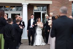 Spring wedding in Naperville, Illinois. Photo by Joanna Smith Photography, Chicago wedding photographer #weddings #photography