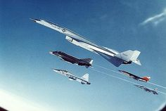 XB70 a few moments before the collision with the F 104 and subsequent crash