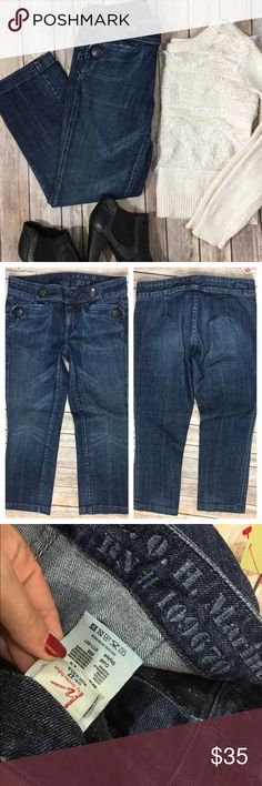 """Citizens of Humanity Jeans Marine 017-001 Crop Tag Size - 27 Waist Measured Across - 15"""" Inseam - 25"""" Rise - 8"""" Great used condition. No back pockets. Citizens of Humanity Jeans Ankle & Cropped"""