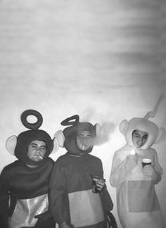 teletubbies Funny retro photos, funny photos people, funny photos of people, vintage photos people, funny vintage photos Black And White Aesthetic, Cursed Images, Pics Art, New Wall, Trippy, Picture Wall, Wall Collage, Aesthetic Wallpapers, Weird