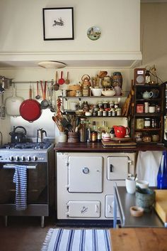 As soon as you find out artist Helene Athanasiadis used to be an archeologist, her home makes perfect sense. Almost worthy of being a museum, the Castlemaine house in rural Victoria is… Cozy Kitchen, Kitchen Items, Home On The Range, Amazing Spaces, Cozy House, Home Bedroom, Farm House, My Dream Home, Cottages