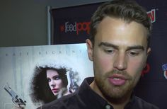 Watch: Theo James talks funniest ComicCon moment and more with Entertainment Scoop