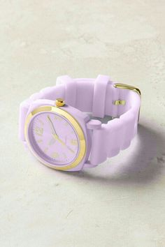Lavender colored watch!! Want!! ♥