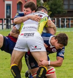 Athletic Supporter, Athletic Men, Hot Rugby Players, Soccer Guys, Funny Sports Pictures, Rugby Men, Hunks Men, Rugby League, Sports Humor