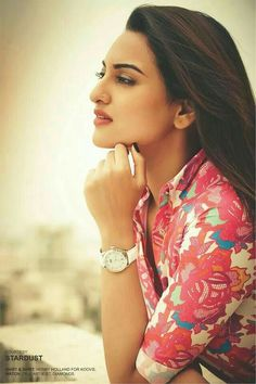 Sonakshi sinha - Indian Actress  IMAGES, GIF, ANIMATED GIF, WALLPAPER, STICKER FOR WHATSAPP & FACEBOOK
