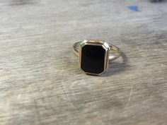 Vintage 10K yellow gold and onyx PSCO ring by VictoriaVVintage on Etsy