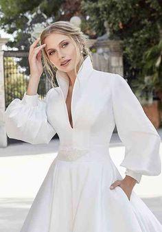 Stunning Wedding Dresses, Luxury Wedding Dress, Classic Wedding Dress, Beautiful Gowns, Dress Wedding, Elegant Wedding, Ronald Joyce Wedding Dresses, Fairytale Dress, Tea Length Dresses