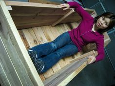 Vegetable Gardening: Loni's DIY Planter Box - great weekend project!