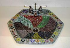 I have an old sink that I am thinking about resurfacing with some type of mosaic design. Mosaic Garden, Mosaic Art, Mosaic Furniture, Old Sink, Tile Countertops, Basin Sink, Stained Glass Projects, Mosaic Designs, Home Improvement Projects