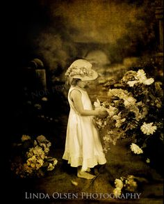 Picking flowers   Figurative Imagery