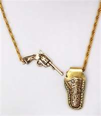 Annie get your gun! This antique-look necklace gets inspiration from the wild wild West with a brass gun holster and mini pistol on a delicate chain. Closing the necklace is easy; just tuck the gun in the holster for a secure fit! Cute Jewelry, Jewelry Box, Unique Jewelry, Jewelry Accessories, Fashion Accessories, Jewlery, Steampunk Accessoires, Gun Holster, Schmuck Design